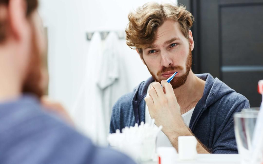Come lavare i denti in modo corretto?